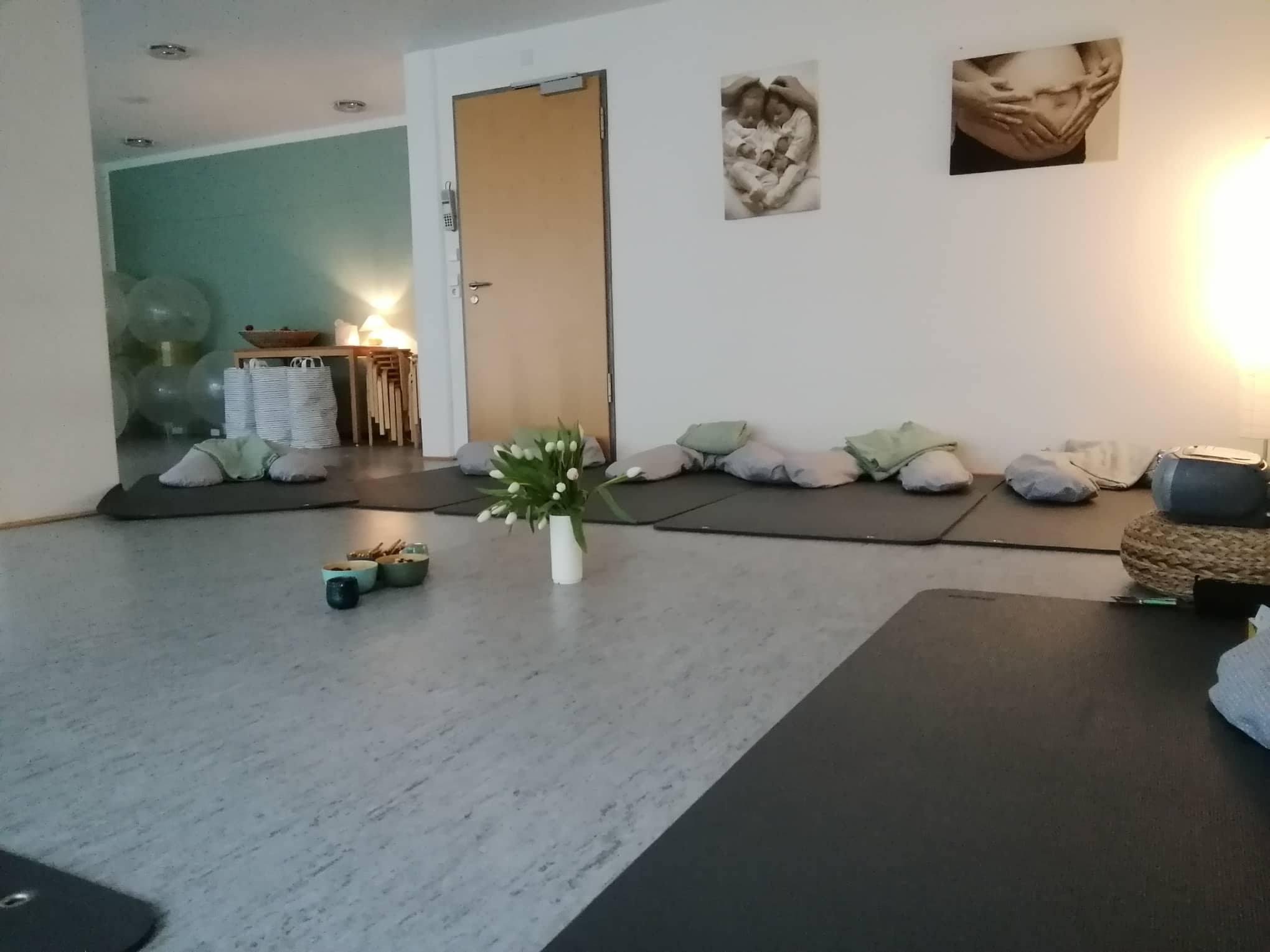 schwangerschaftsbegleitender geburtsvorbereitungskurs. Black Bedroom Furniture Sets. Home Design Ideas